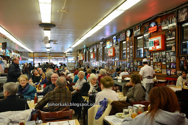 Katz's-Deli-Hot-Dogs-NYC-New-York