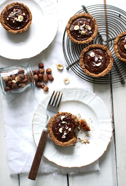 gebak, hazelnoten, raw, fotografie, foodblog,