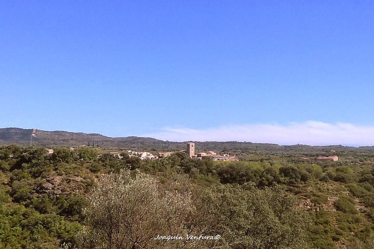 Colungo visto desde la vecina población de Asque