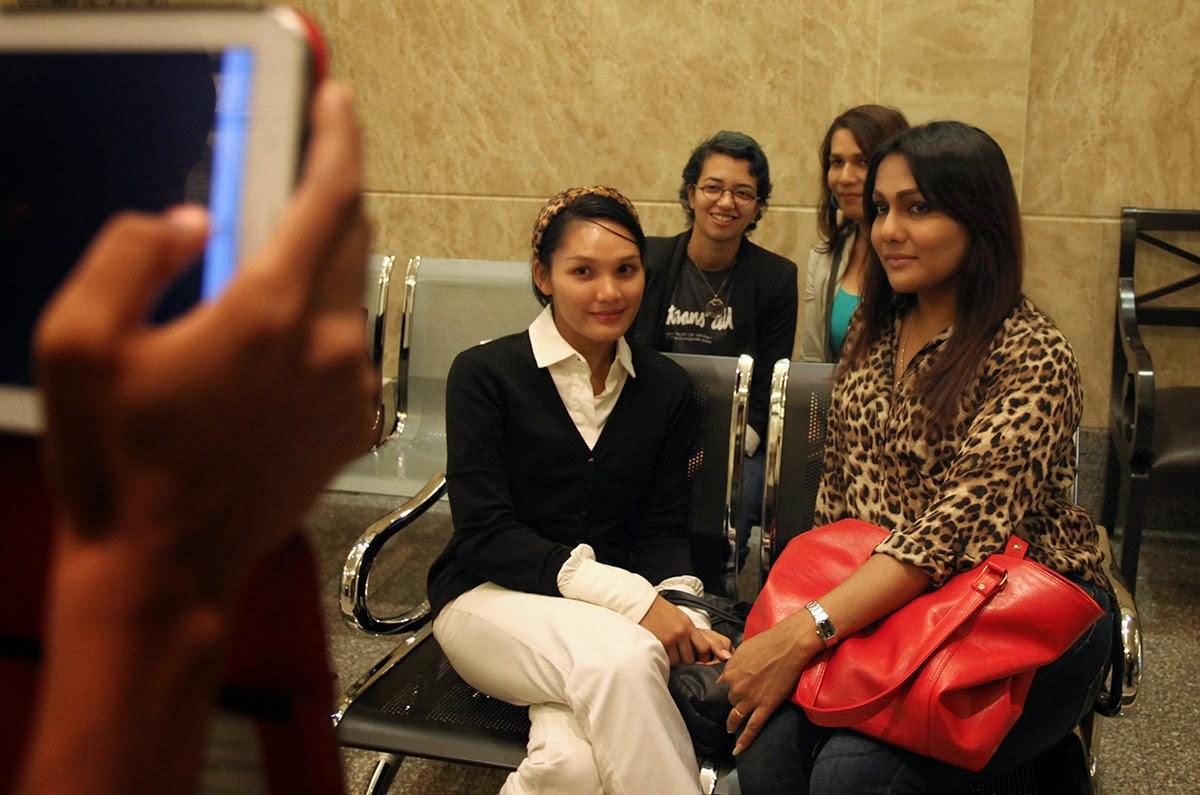 Lelaki Berpakaian Wanita Dibenarkan  Di Malaysia
