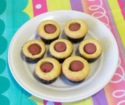 BentoLunch.net - Corndog Muffins, Mini-muffin Style