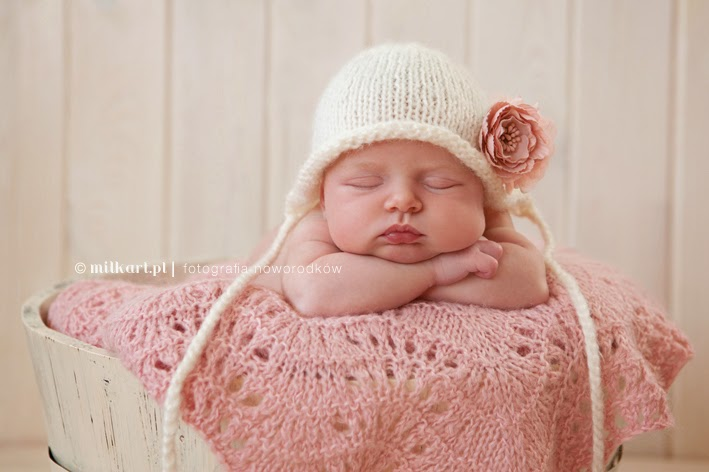 czapki do sesji fotograficznych, czapki na drutach, dla niemowlaków, dla noworodków, wełniane dla dzieci, gadżety do zdjęć, akcesoria fotograficzne, dla fotografów, czapki do zdjęć