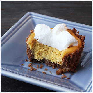 Thanksgiving DIY round-up: Mini Pumpkin Cheesecake