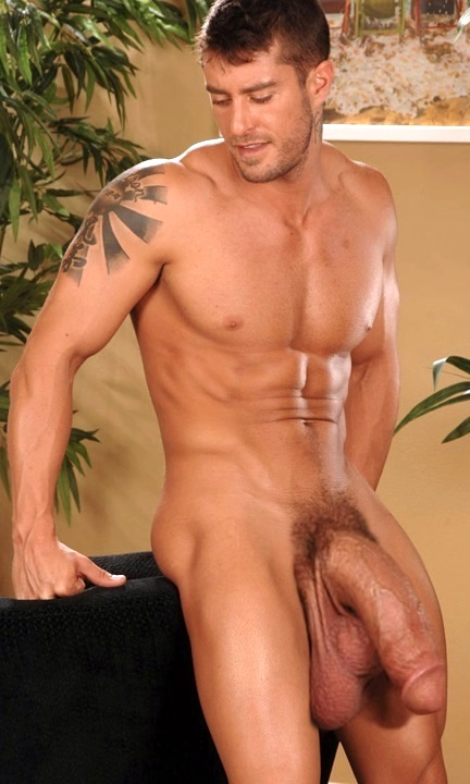 muscle men with big dicks Hot muscled gay men with big cocks.
