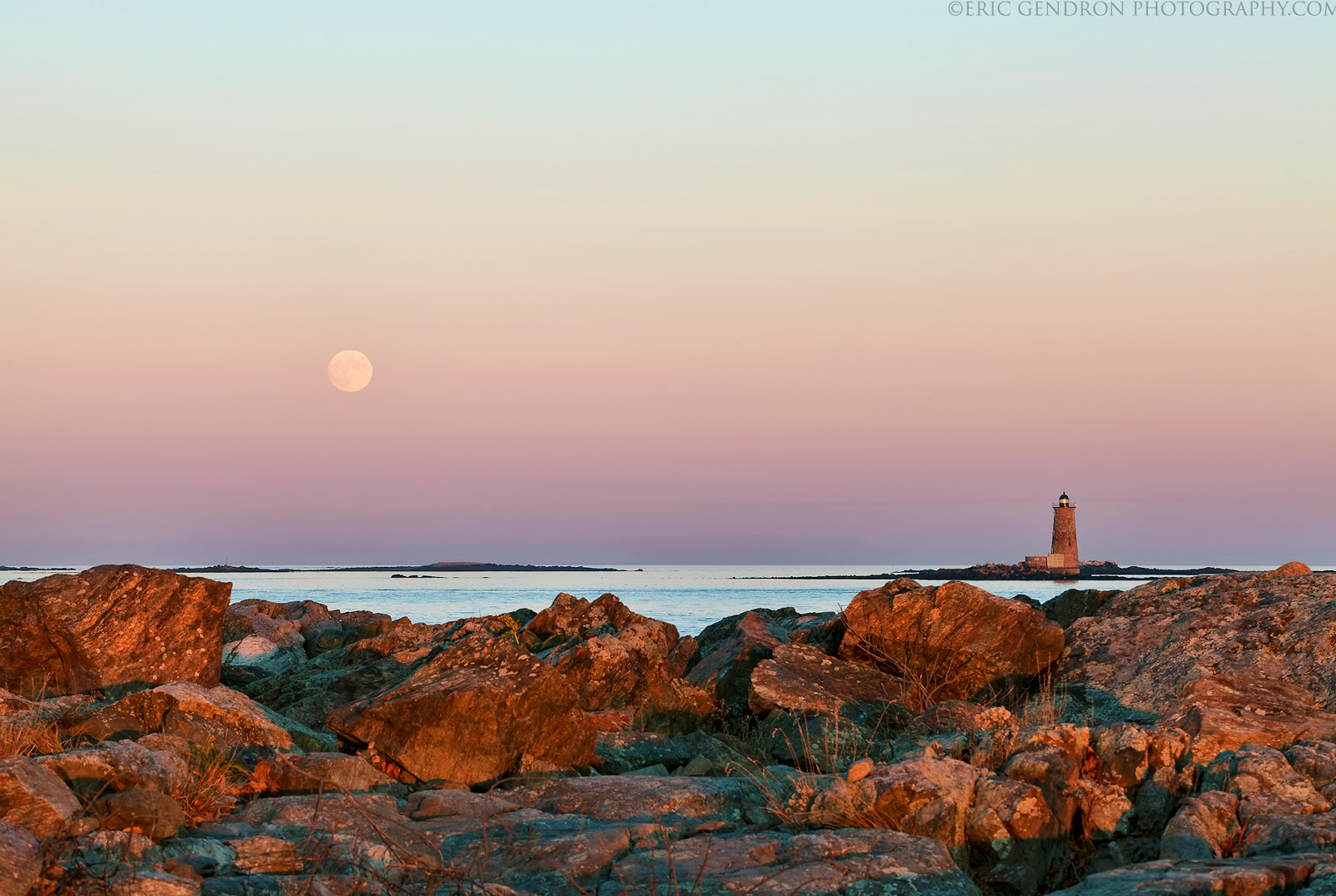 moonrise over whaleback lighthouse portsmouth