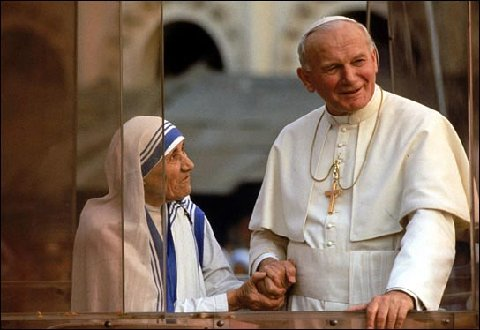 Mother Teresa and Pope John Paul II, Calcutta, 1986