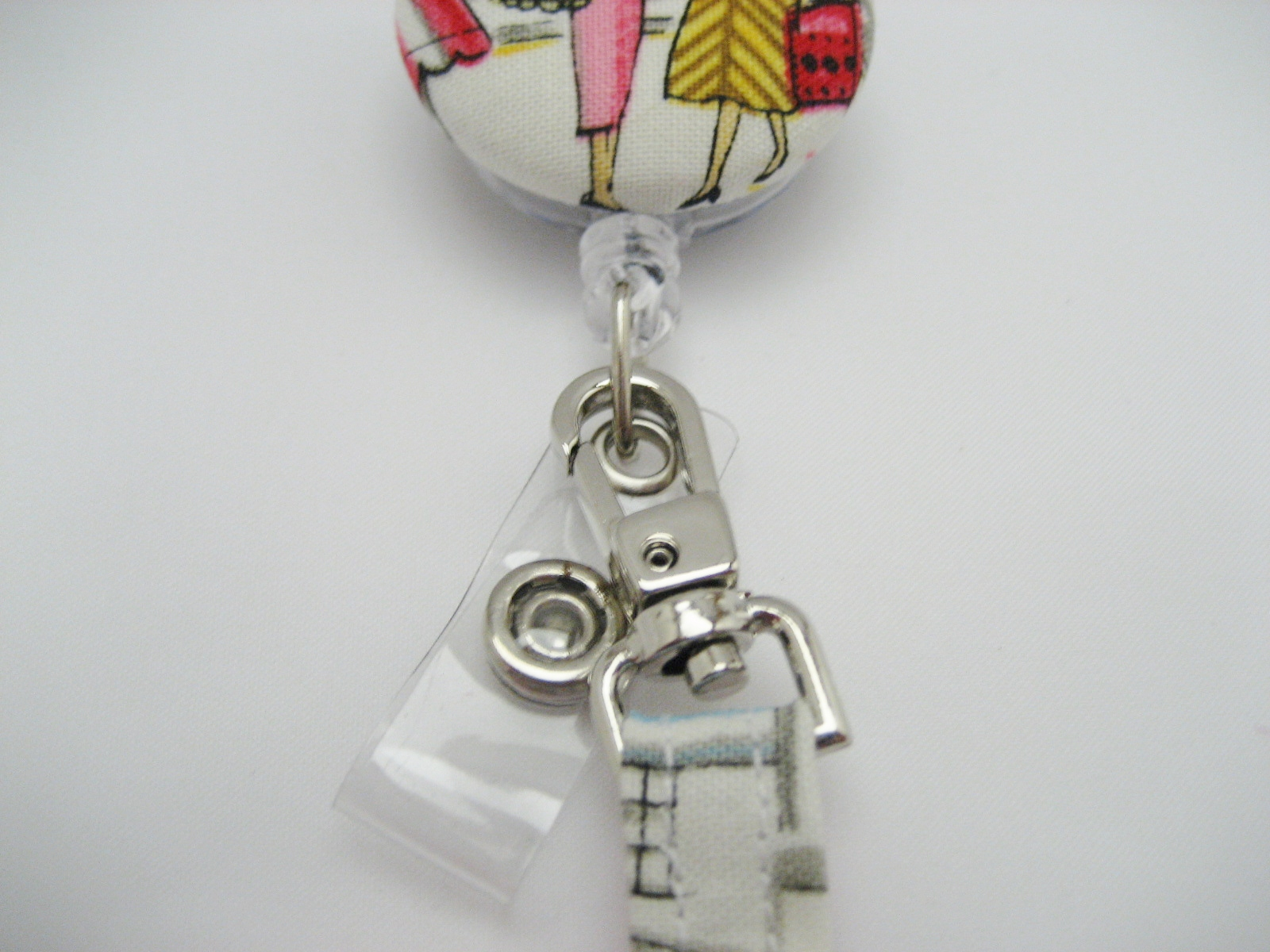 Self cover button badge reel tutorial all wrapped up now you have a matching badge reel for you sandi id wallet or you can have a matching wallet for your badge reel if you go and make one now solutioingenieria Gallery