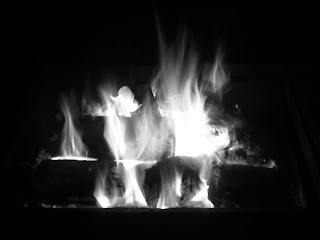 http://2.bp.blogspot.com/-Yl5bAH7rJT0/Ta2vn3eCo9I/AAAAAAAABLE/i7ulOgDiy4g/s1600/api+putih.jpg