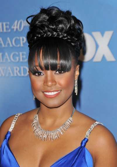 Natural Hairstyles For Medium Length Hair : Medium length hair can be dressed in many styles as the long