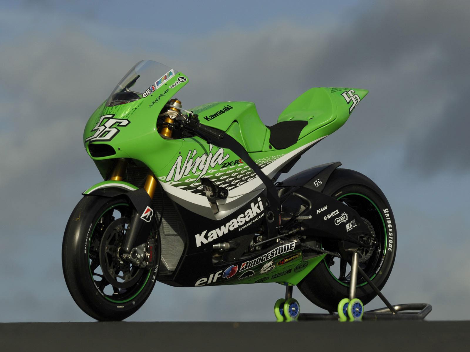 http://2.bp.blogspot.com/-YlL8f9jr2bY/Tm17axtF8qI/AAAAAAAAA0w/J-A4WfHcrbA/s1600/kawasaki_ninja-ZX-RR_2006_motorcycle-desktop-wallpaper_1.jpg