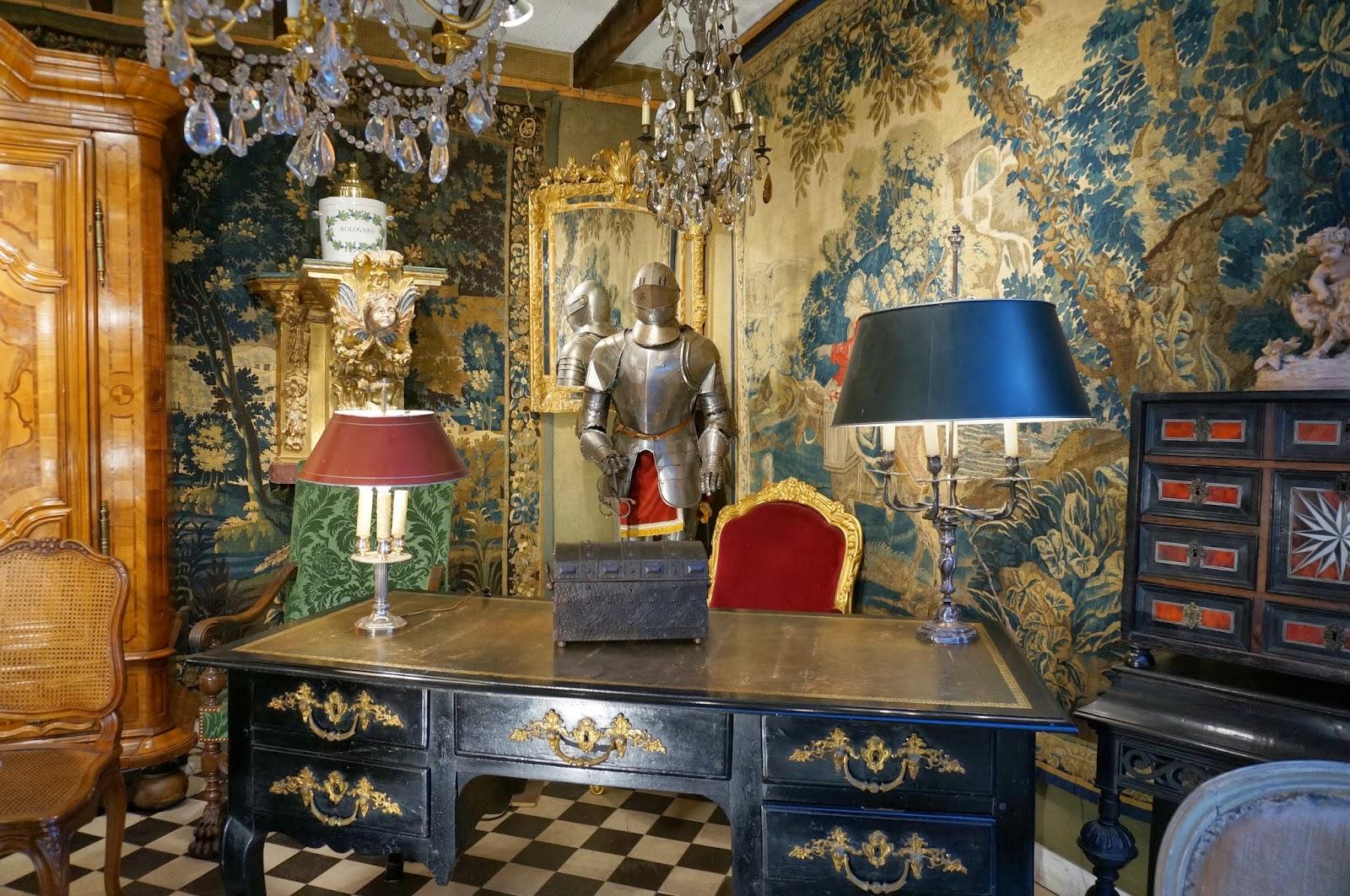 vignette design shopping the paris brocante. Black Bedroom Furniture Sets. Home Design Ideas