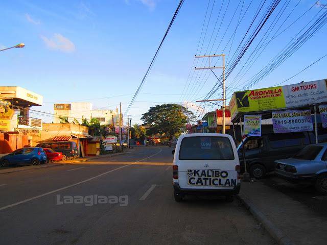 Albar Terminal in Roxas City (vans from Roxas City to Kalibo-Caticlan)