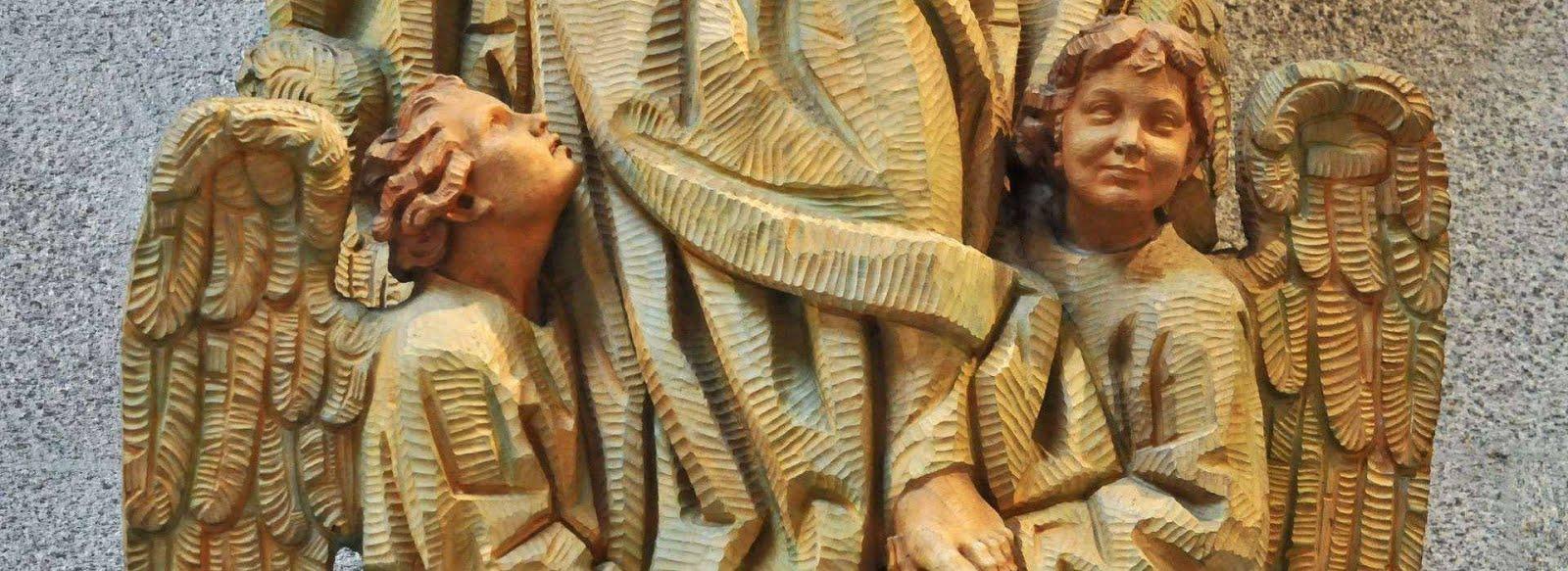 Oh Virgen María permanece cercana a las familias del mundo