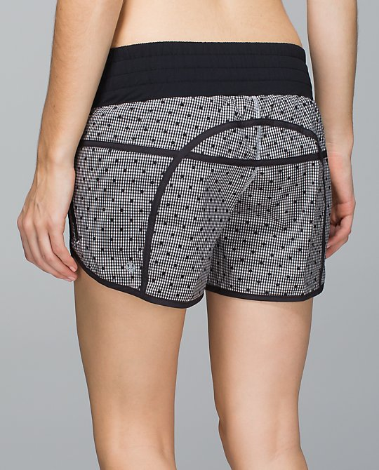 lululemon dottie eighth gingham tracker ii short