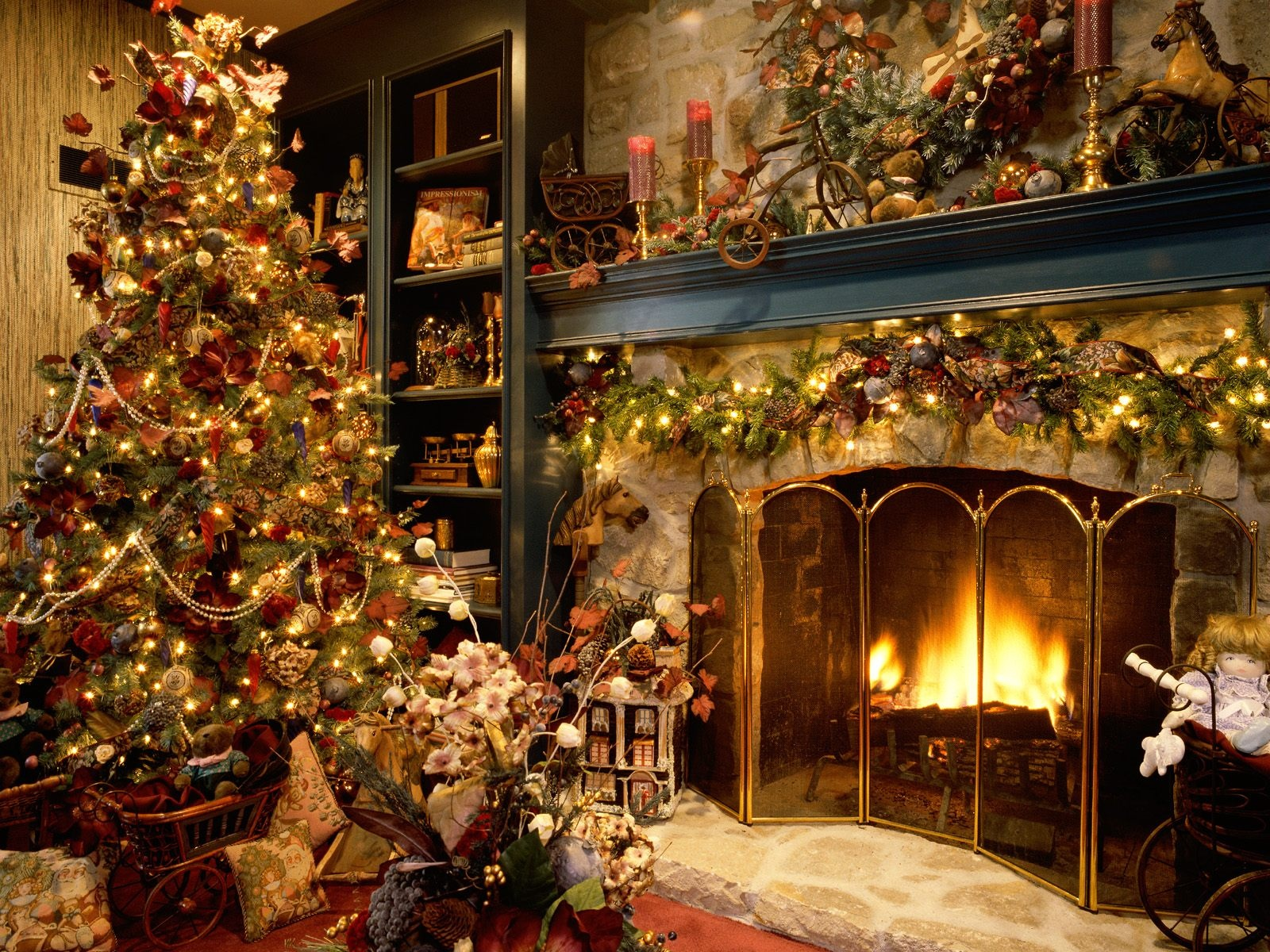 Wallpaper backgrounds beautiful christmas trees House beautiful christmas trees