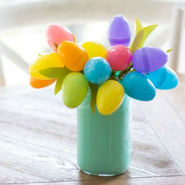 Make tulips from Easter eggs!