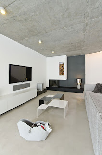 Wonderful Concrete Interior for Modern Living Space