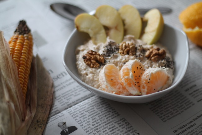 Pumpkin Porridge - Haferflocken mit Kürbis - Herbstrezept - leckeres und gesundes Fruehstueck fuer die Herbstzeit - #svetlanakocht # topfenistquark #fitdurch2015