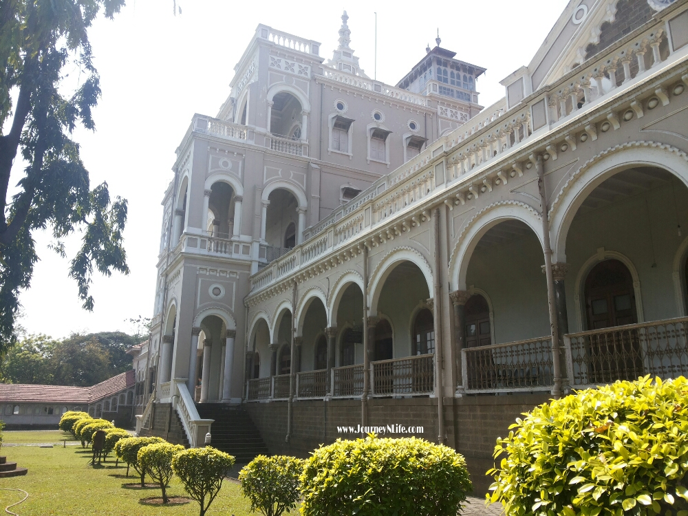 Aga Khan Palace, Pune - Historical place of Quit India Movement