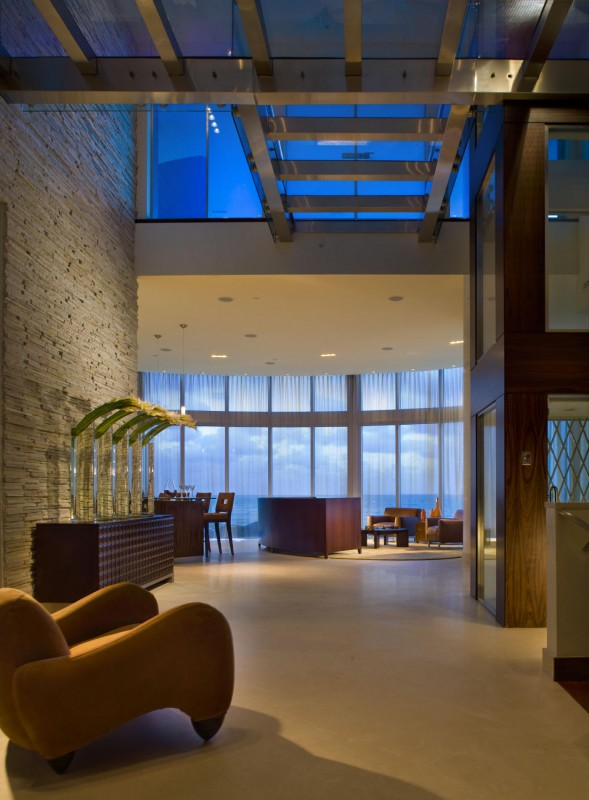 Ocean Front Home With Wraparound Floor To Ceiling Windows Main Level