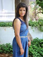 Actress Vaishali glamorous photos-cover-photo