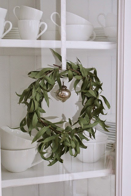 DIY natural wreaths