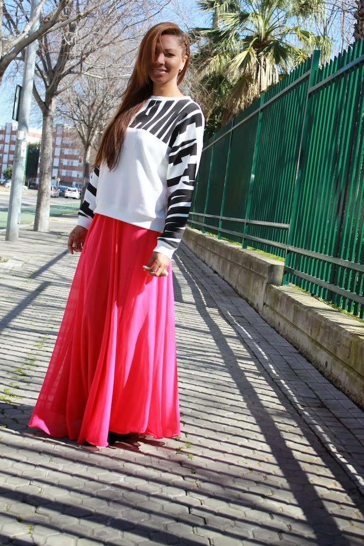 sudadera Green Coast, falda by Christie Herrera, Botines Zara, Bolso Camden Town