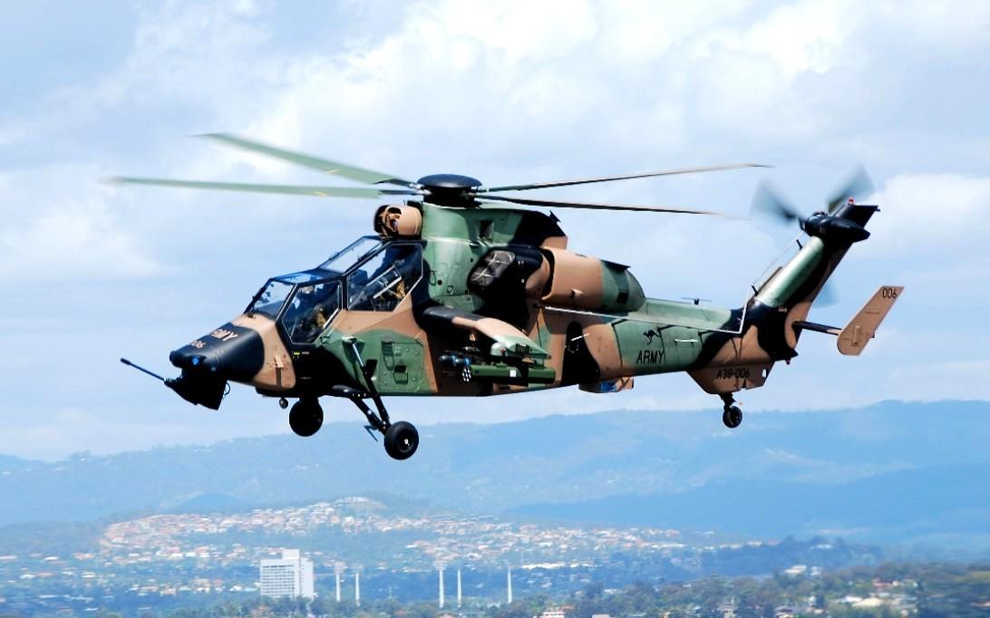 Helikopter tempur WZ-10 1