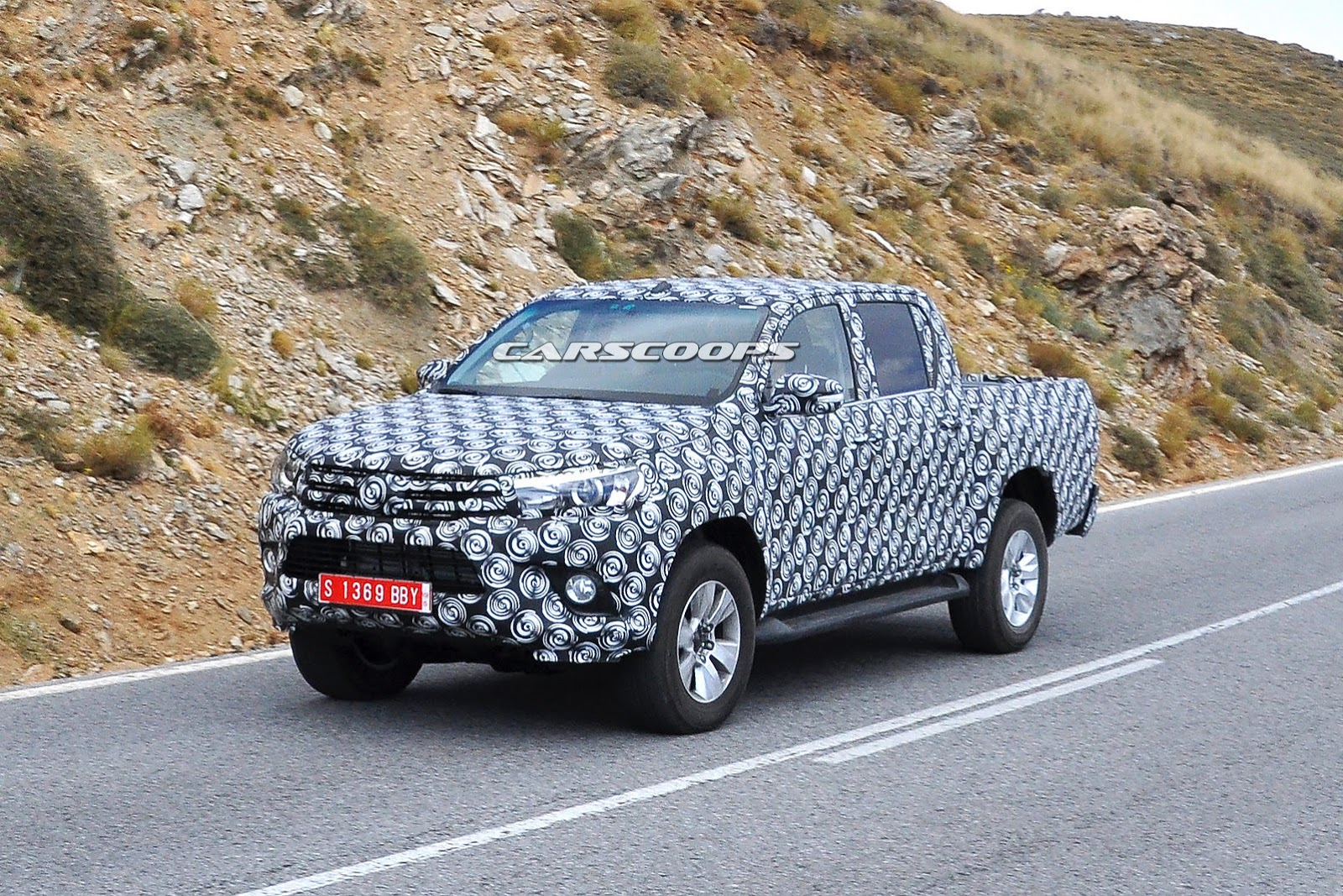 Scoop: This is the New 2015 Toyota HiLux Pickup Truck