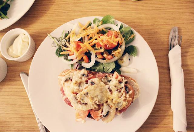 mushroom-bruchetta-delicious-meal-todaymywayblog