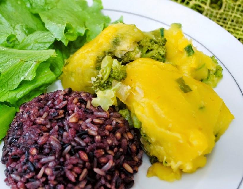 Escondidinho de Brócolis com Purê de Mandioquinha (vegana)