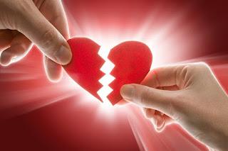 8 Hal Yang Akan Membantumu Melewati Patah Hati