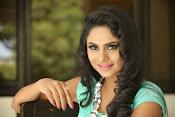 Deepika das glamorous photos-thumbnail-9