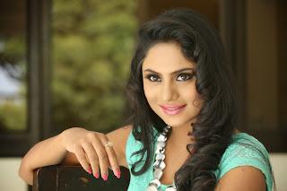 Deepika Das glamorous Pictures 046.jpg