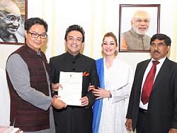 Singer-Adnan-Sami-gets-Indian-citizenship