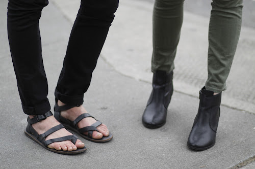 men's strappy leather sandals seattle street style fashion it's my darlin'