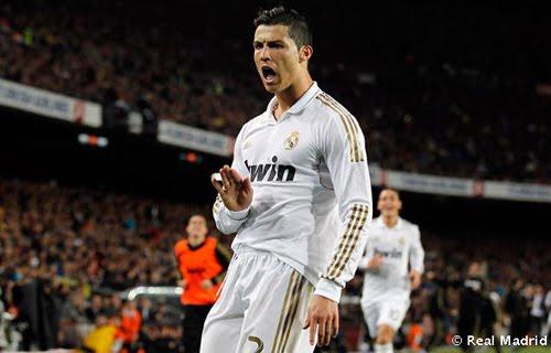 gesto de Cristiano Ronaldo al Camp Nou pidiendo calma