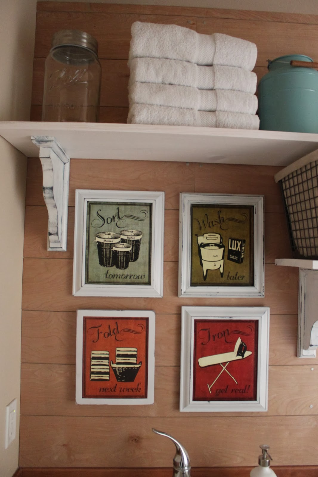 Laundry Room Frames Amusing Pineplace Laundry Room Decorating Inspiration