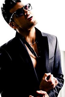 Sri Lankan born Melbourne singer songwriter Andrew de Silva