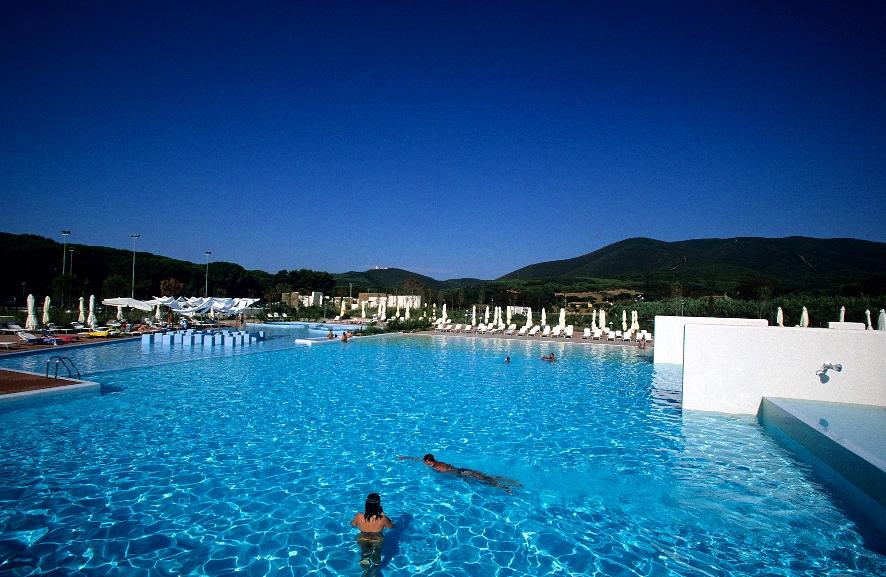 7mates blog camping village rocchette castiglione della - Camping toscana con piscina ...