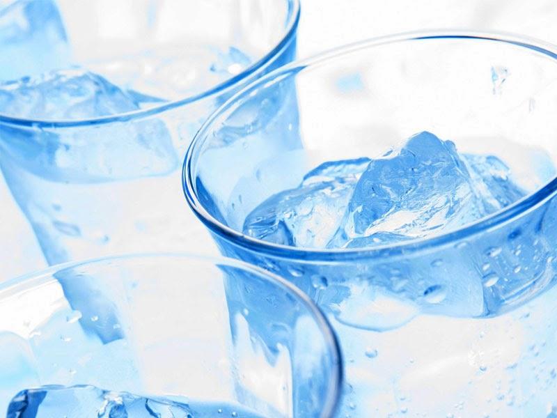 Manfaat Air Es Untuk Tubuh