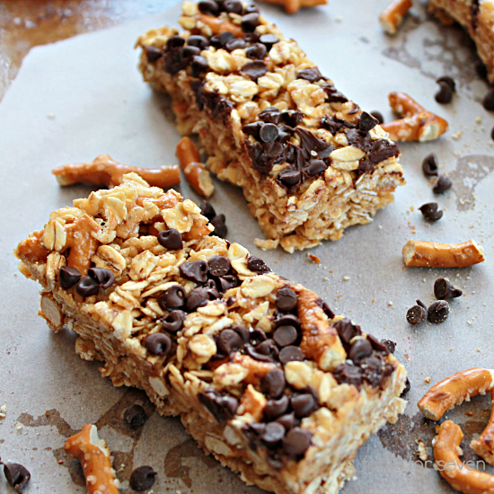 No Bake Peanut Butter Chocolate Chip Pretzel Granola Bars • Table ...