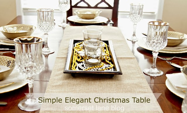 christmas dining room using gold and silver