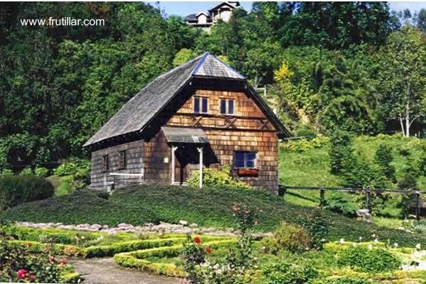 Casa alemana de madera en Frutillar, Chile