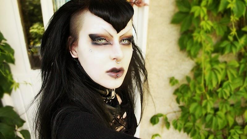 The Everyday Goth Reader Question Neutral Goth Eyes