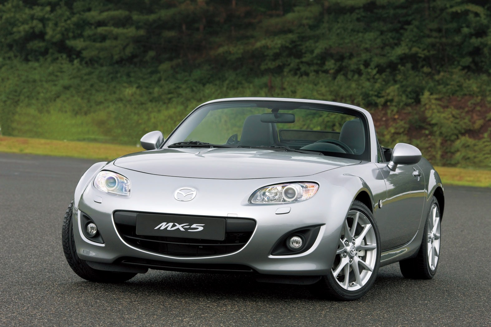 2015 mazda mx 5 widescreen images. Black Bedroom Furniture Sets. Home Design Ideas