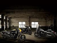 Gambar Motor 4 | 2014 Suzuki Boulevard C50 BOSS