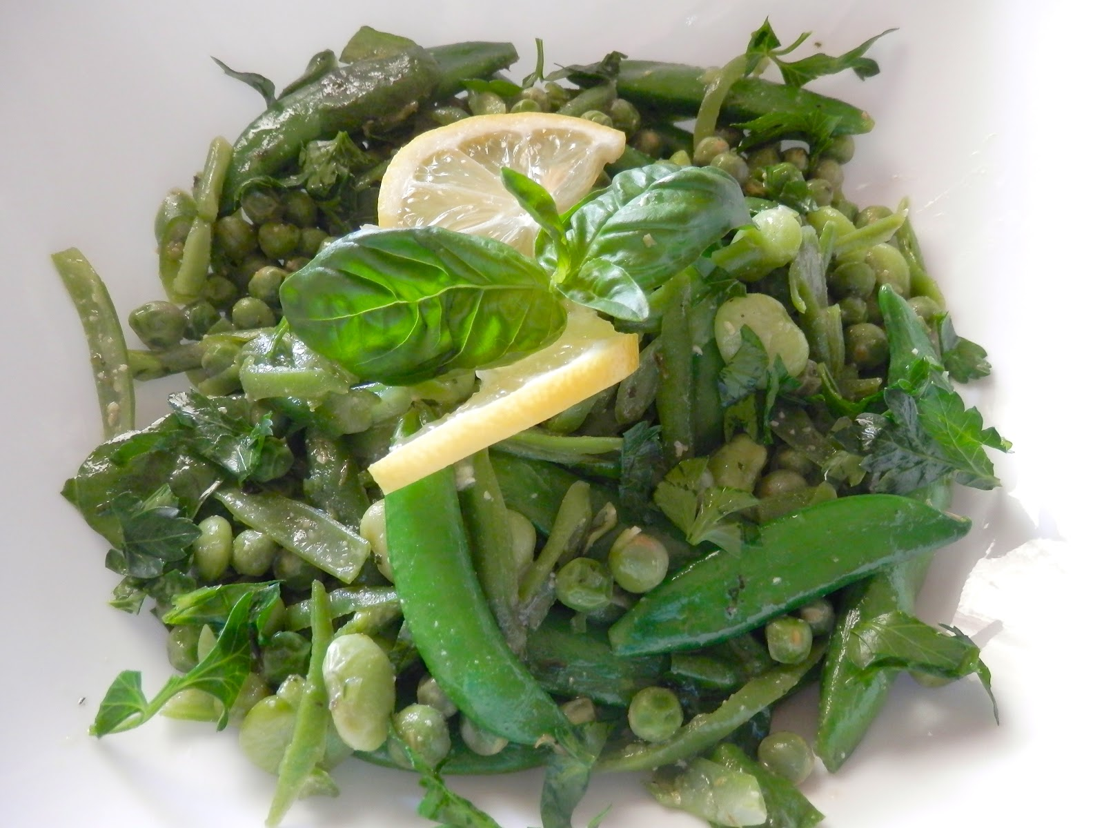 Dosanko In The South Spring Pea Salad