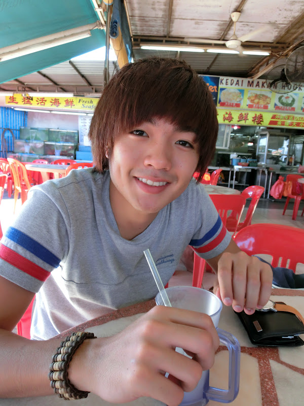 Eat Massage Drink In Johor With Yuhao Powered By Casio Exilim Zr  Onlywilliam
