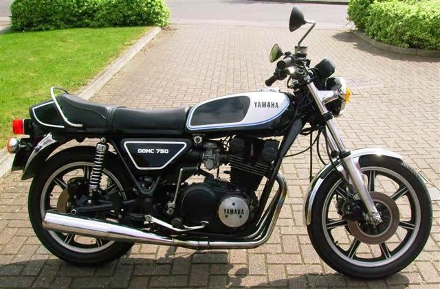 Yamaha Motorcycle Silver Engine Paint